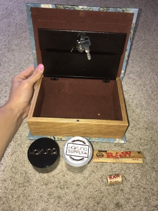 stash box review, hakuna supply review